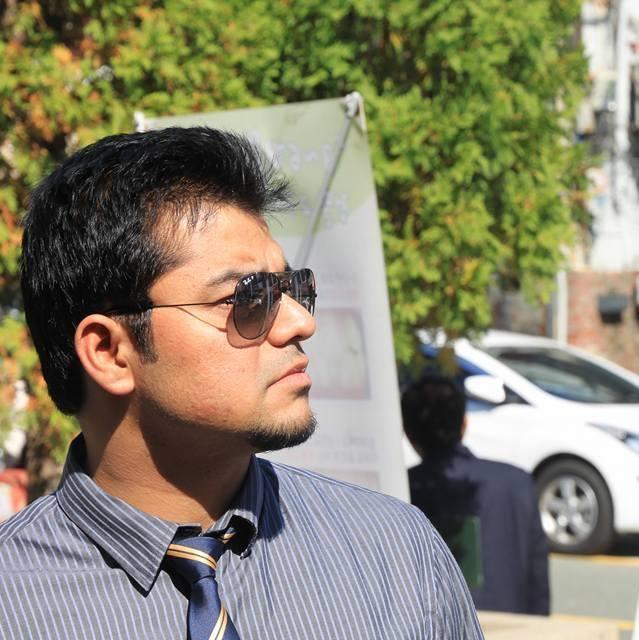 abhinav, 37, Ahmedabad, India