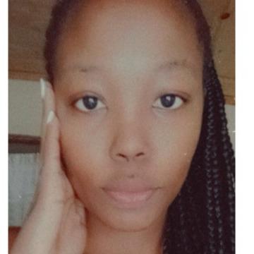 Elizabeth, 25, Nairobi, Kenya