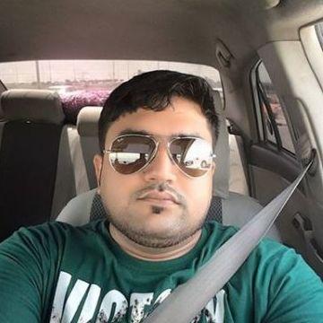 Ismail Khan, 32, Dubai, United Arab Emirates