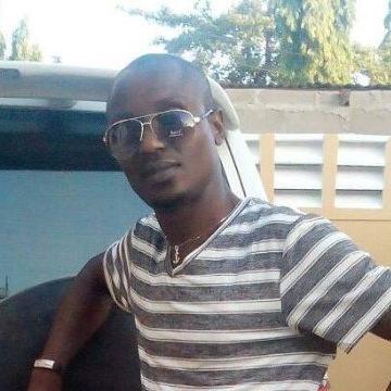 Ammon Mwahunga, 35, Kilifi, Kenya