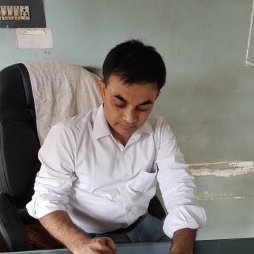 dr.pankaj patel, 44, Unjha, India