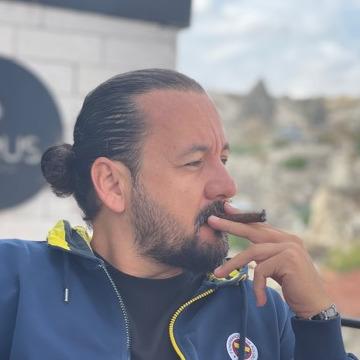 Talha, 33, Izmir, Turkey