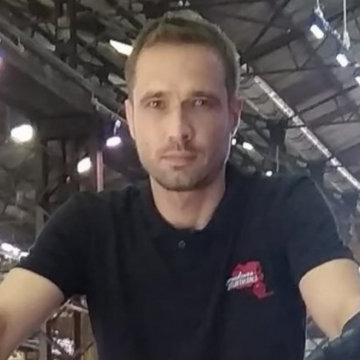 Sam, 44, Gold Coast, Australia