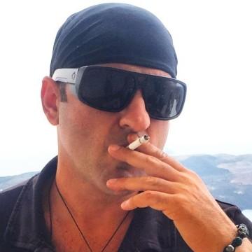 Leo Alemdar, 43, Istanbul, Turkey