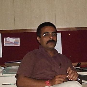 navin, 47, Lucknow, India