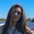 Anna, 21,