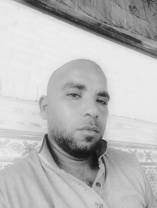 Khames, 37, Tunis, Tunisia
