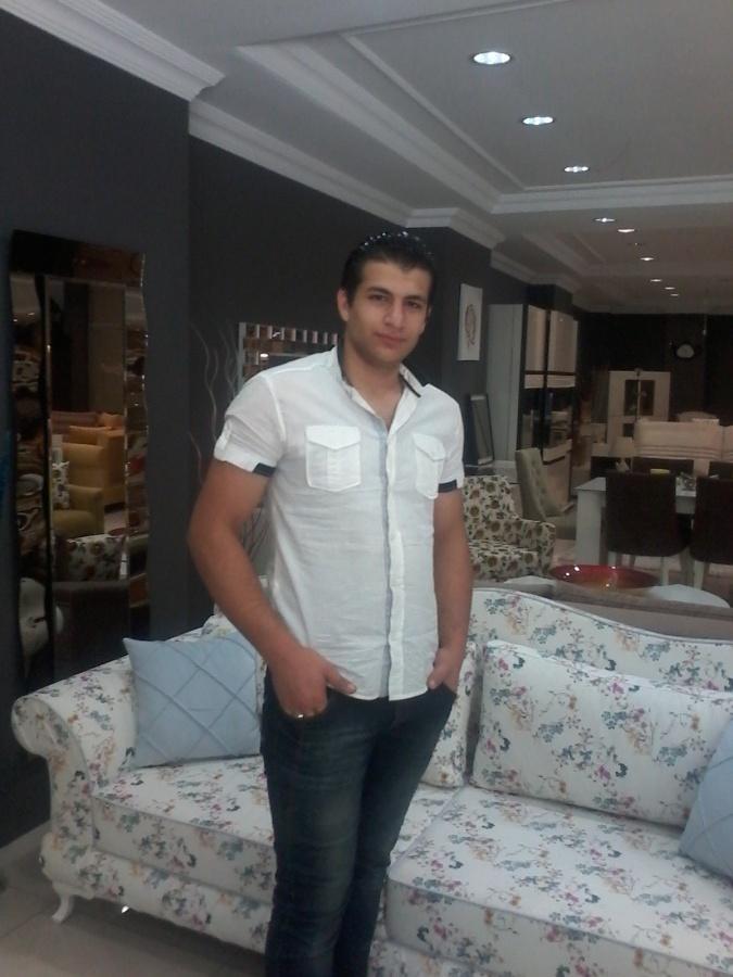 mecit, 23, Izmit, Turkey