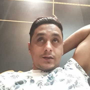 Ibrahim, 31, Dubai, United Arab Emirates
