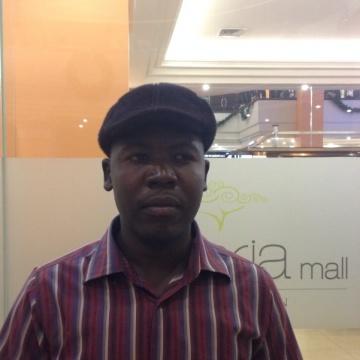 joseph ojur, 35, Kampala, Uganda