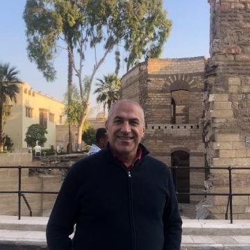 J, 50, Beyrouth, Lebanon