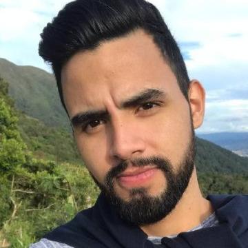 Jesús, 23, Caracas, Venezuela