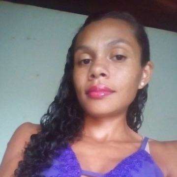 Thais, 22, Rio Verde De Mato Grosso, Brazil