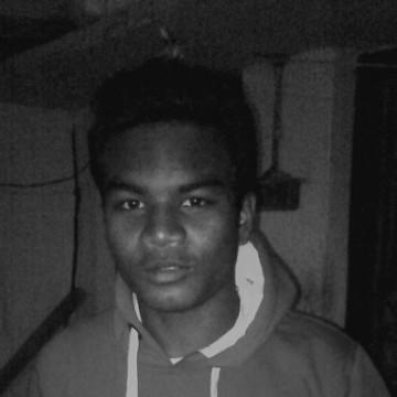 Race Guranne Suraj, 25, Calcutta, India