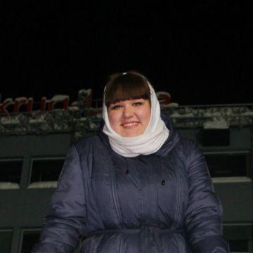 Ксения Цыганец, 27,