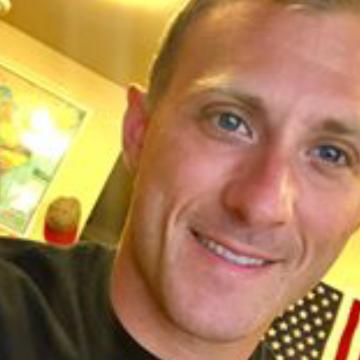 Dlugolecki Michael, 45, Reston, United States