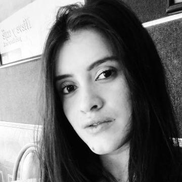Valentina, 26, Medellin, Colombia
