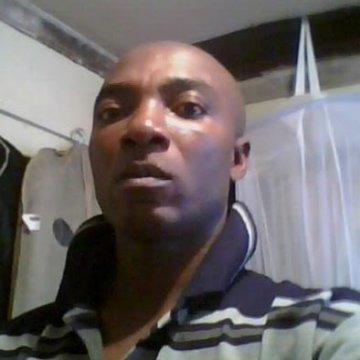john, 40, Nairobi, Kenya