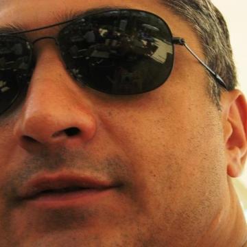 Kaan Doğru, 41, Istanbul, Turkey