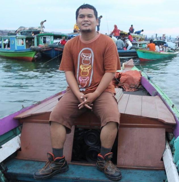 Okta Nurghulam, 43, Banjarbaru, Indonesia