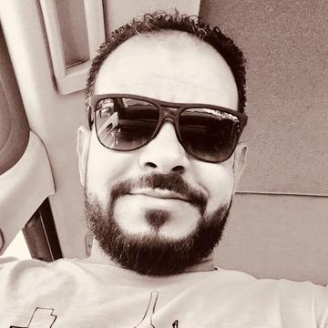 Badr, 36, Kayfan, Kuwait