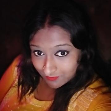Sruti majumder, 25, Calcutta, India