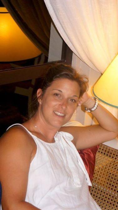 Florance Nouri, 43, Betheny, France