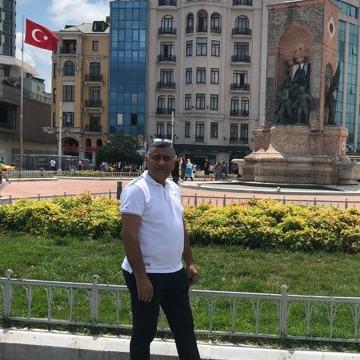 Haidar, 45, Dubai, United Arab Emirates