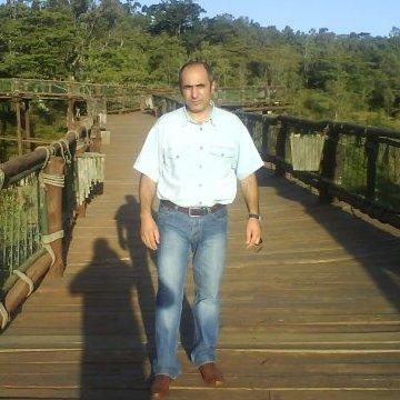 Masoud Sadat, 50, Kandy, Sri Lanka