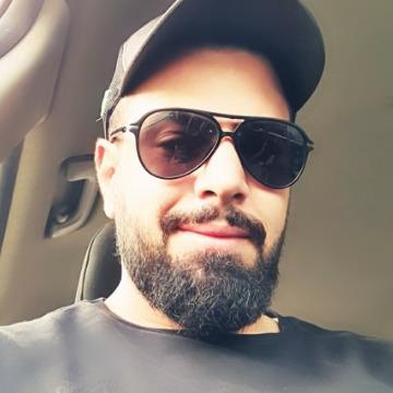 Ahmad El Hanbali, 33, Beyrouth, Lebanon