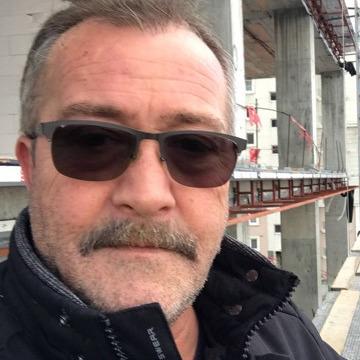 Emir, 47, Istanbul, Turkey