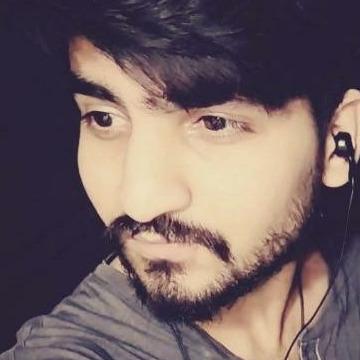 Bilal, 25, Karachi, Pakistan