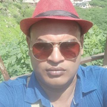 Maruf Sikder, 33, Dhaka, Bangladesh