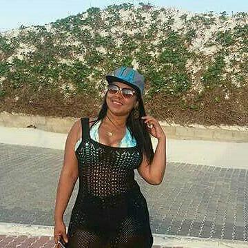 Lia macena, 29, Rio de Janeiro, Brazil