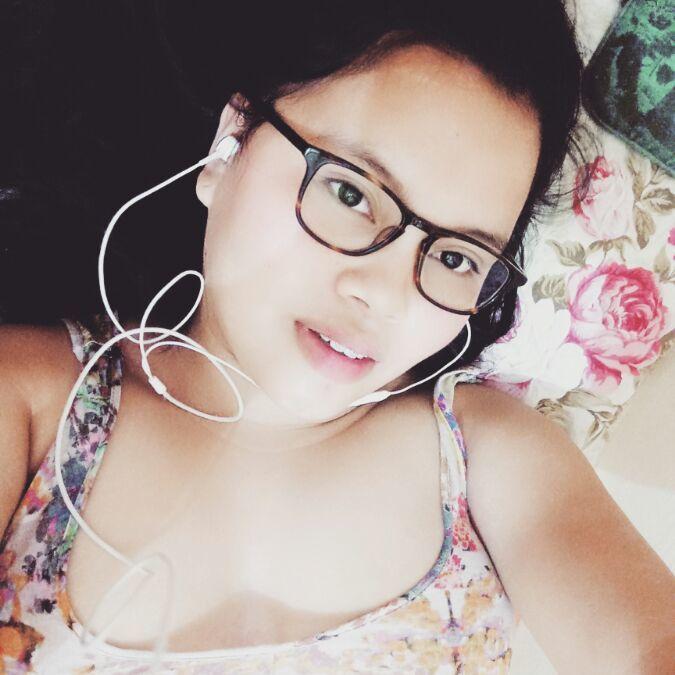 Zyea, 23, Iloilo City, Philippines