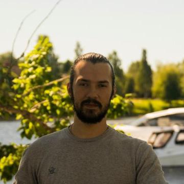 Rares, 32, Umea, Sweden