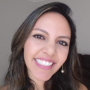 Aline Machado, 31, Campinas, Brazil