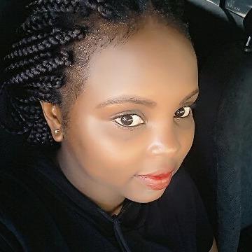 Kayla, 27, Mombasa, Kenya