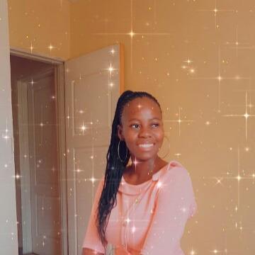 Natasha, 23, Gaborone, Botswana