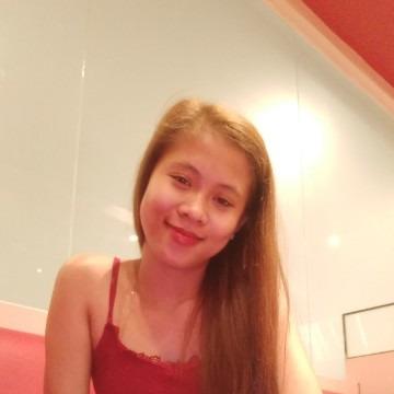 Jessa Mae Caparoso, 22, Davao City, Philippines