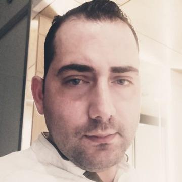Tareq du, 35, Jerusalem, Israel