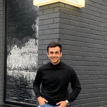 Vin, 29, Toronto, Canada