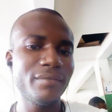 Eghwrudjakpor Robinson, 32, Warri, Nigeria