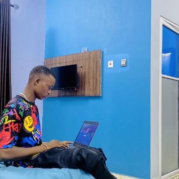 son  of ann, 22, Lagos, Nigeria