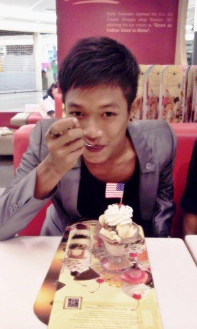 Pattanakorn Sangaroon, 28, Pattaya, Thailand
