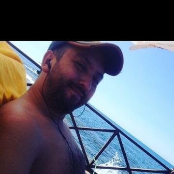 Ümit Yaşar, 39, Istanbul, Turkey