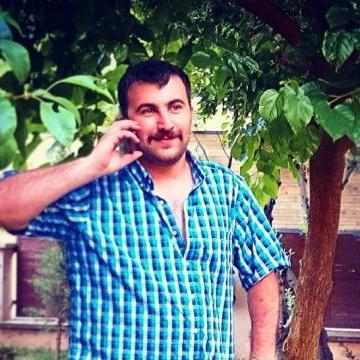 Tarık, 32, Istanbul, Turkey