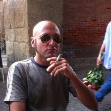 Luca Fantini, 40, Milan Province , Italy