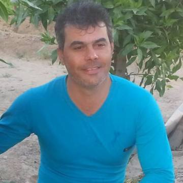 Mustafa Darsan, 40, Baghdad, Iraq