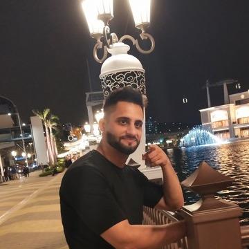 Maher Alzahrani, 28, Wuxi, China